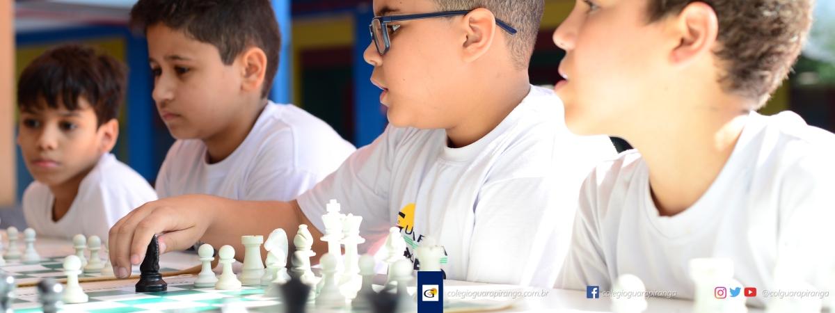 <p>Srs. Pais, Os benefícios da prática do Xadrez estão mais uma vez ao alcance dos alunos do Colégio Guarapiranga. Este projeto é voltado exclusivamentepara as turmas do 3ºanodo Ensino Fundamental, passando pelas turmas de 6º ao 9º ano, até as turmas do Ensino Médio. A participação é gratuita, contudo são […]</p>