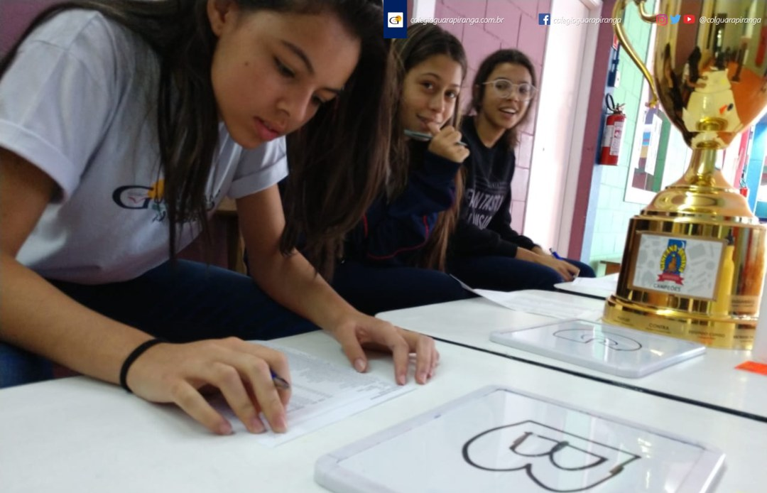 <p>Com o objetivo de integrar alunos, pais, professores e funcionários por meio de uma atividade cultural, o Colégio Guarapiranga organiza mais uma vez a Gincana Junina Guarapiranga – Edição 2019. Participam alunos do Ensino Fundamental II e Ensino Médio divididos em 3 equipes com as cores (Azul A, Amarela B […]</p>